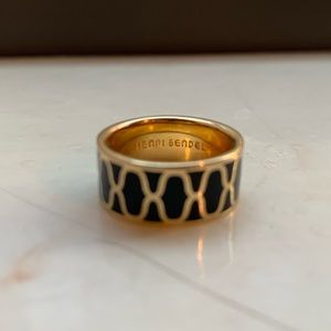 Henri Bendel ring